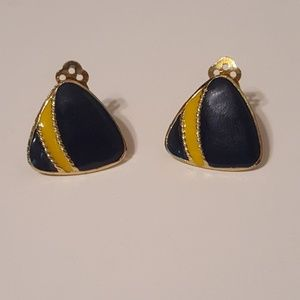 Gorgeous vintage clip on earrings
